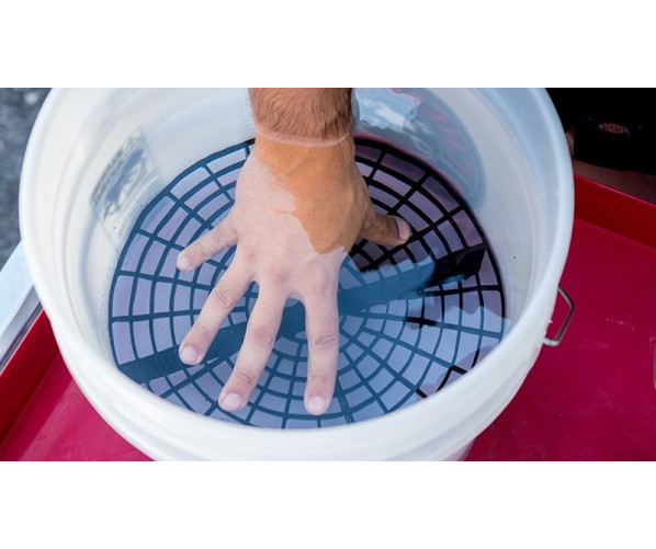 Wash Bucket Insert Black Grit Guard